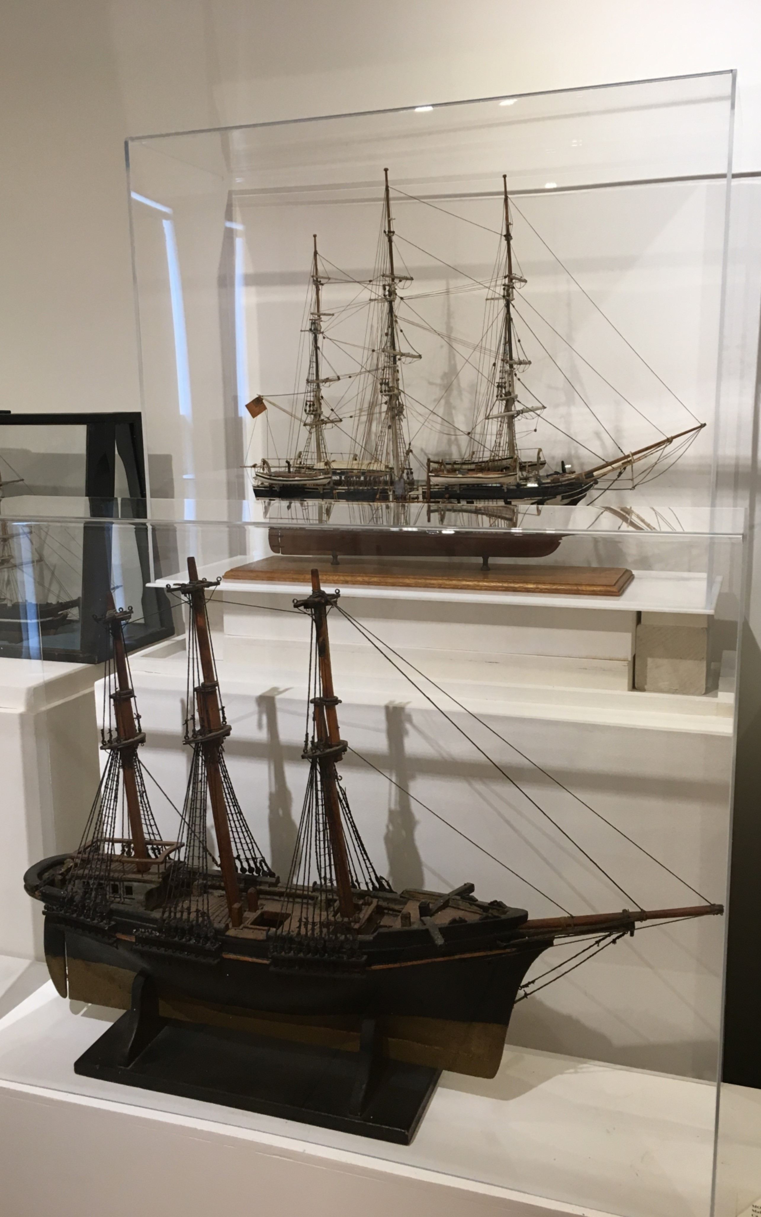 <h3>MODEL OF THE <em>CHARLES W. MORGAN</em></h3>