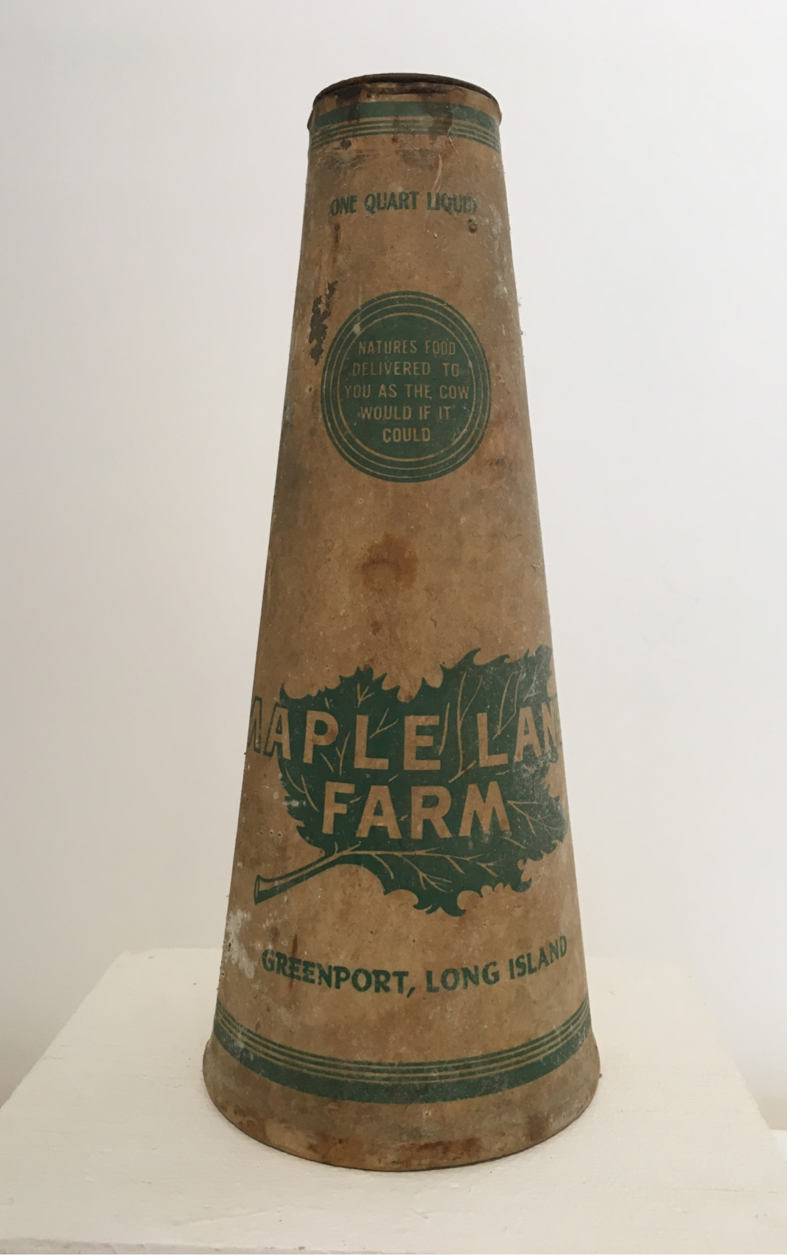 <h3>MAPLE LANE FARM MILK CARTON</h3>