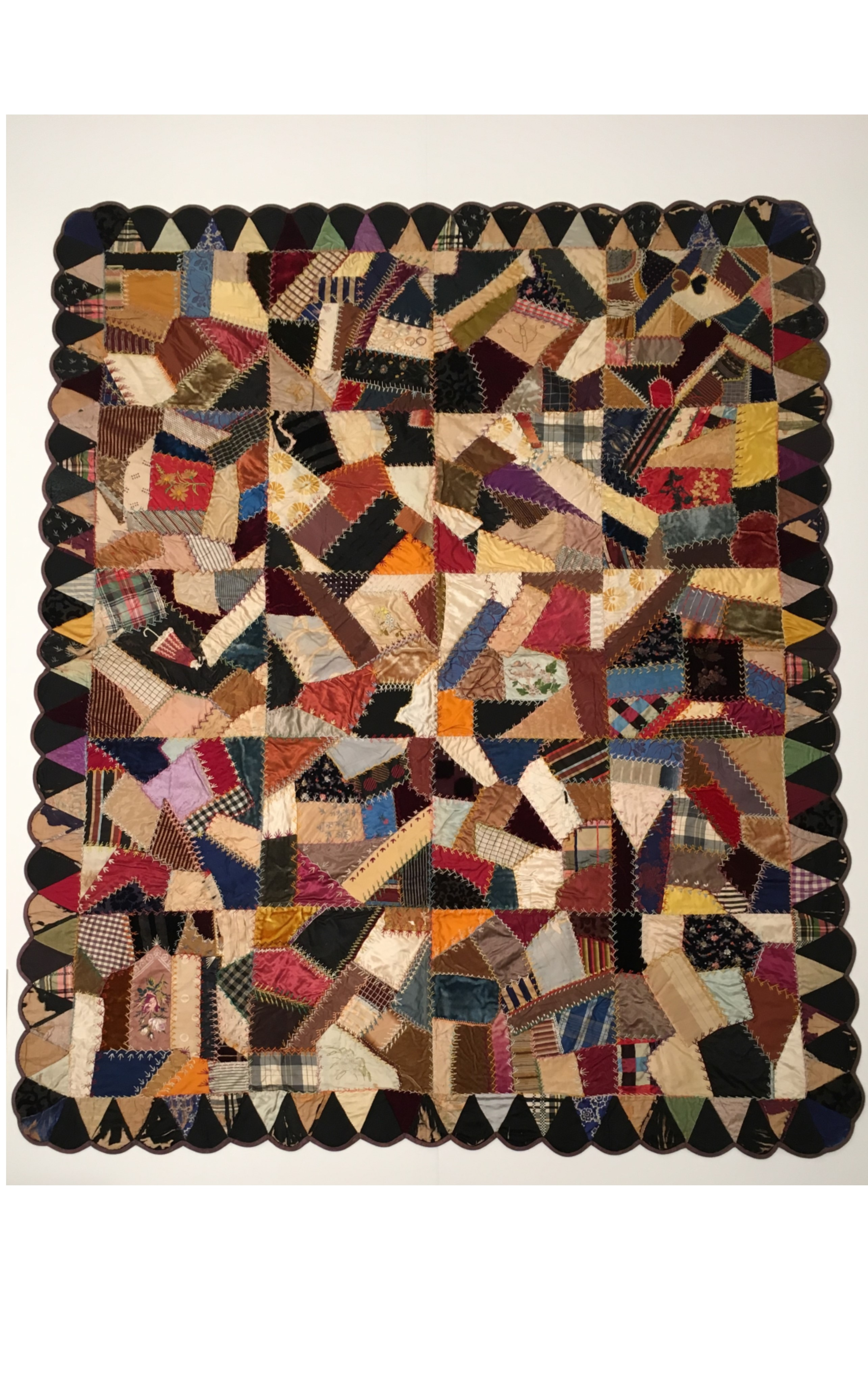 <h3>CRAZY QUILT</h3>